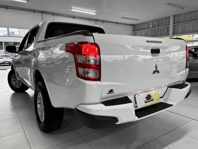 Mitsubishi L200 Triton SPORT GL 2020